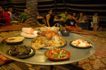 ארוחת_ערב_בחאן